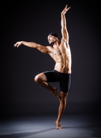 Male Ballet Dancer_19493024_ml